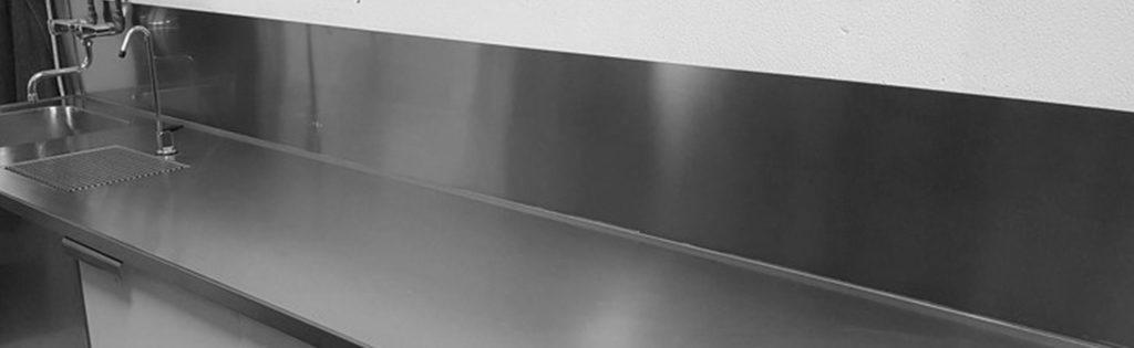Wilno Rustfri - Rustfri stålbordplade med bagkant