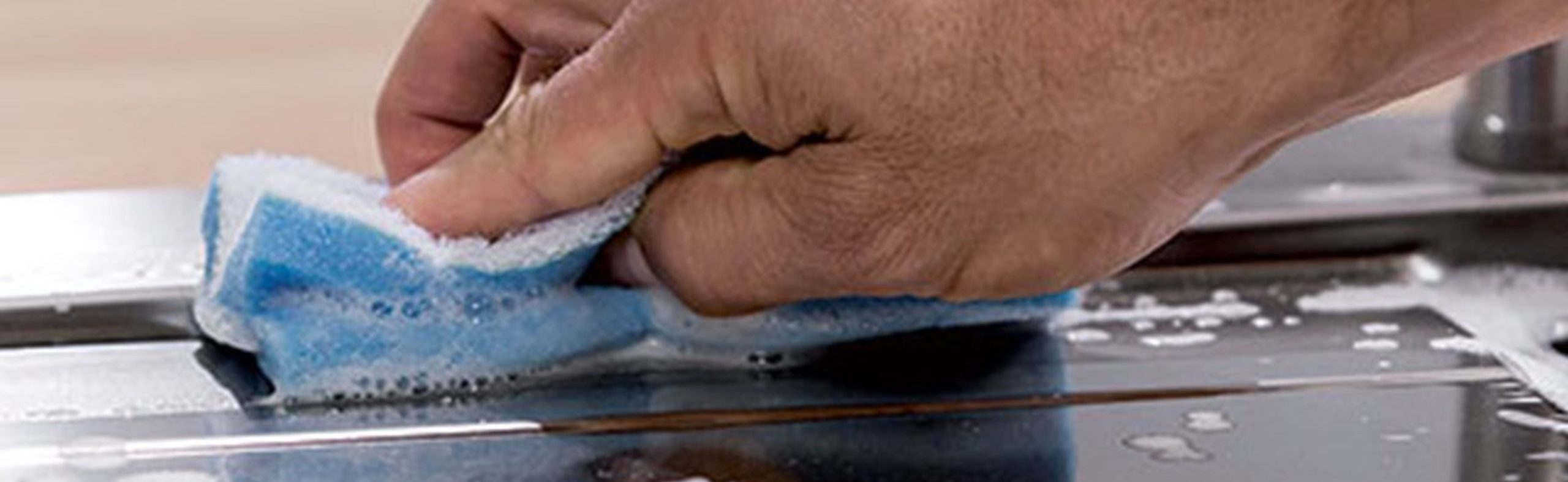 Wilno Rustfri ApS_Rengøring og vedligehold af rustfrit stål AISI304