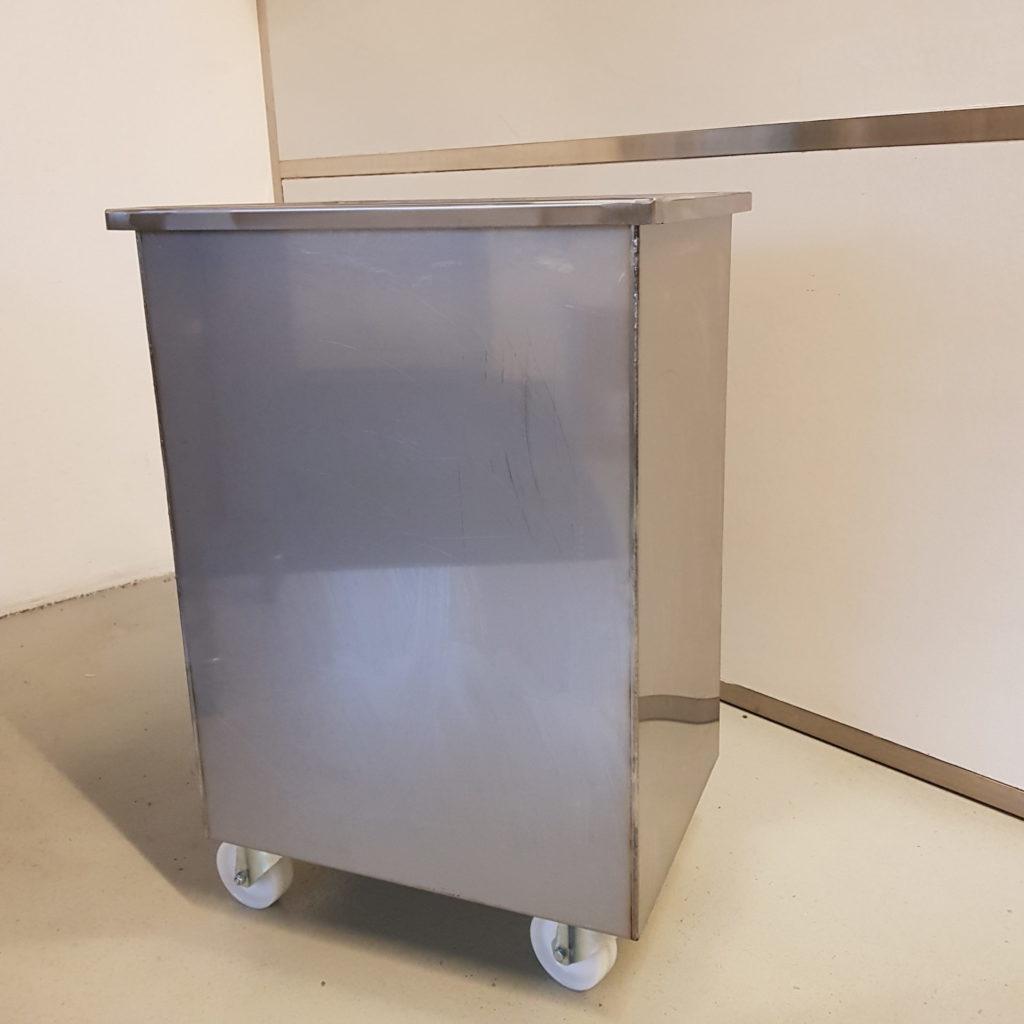 Wilno Rustfri ApS - special fremstillet Rustfri kar udført i syrefast aisi 316